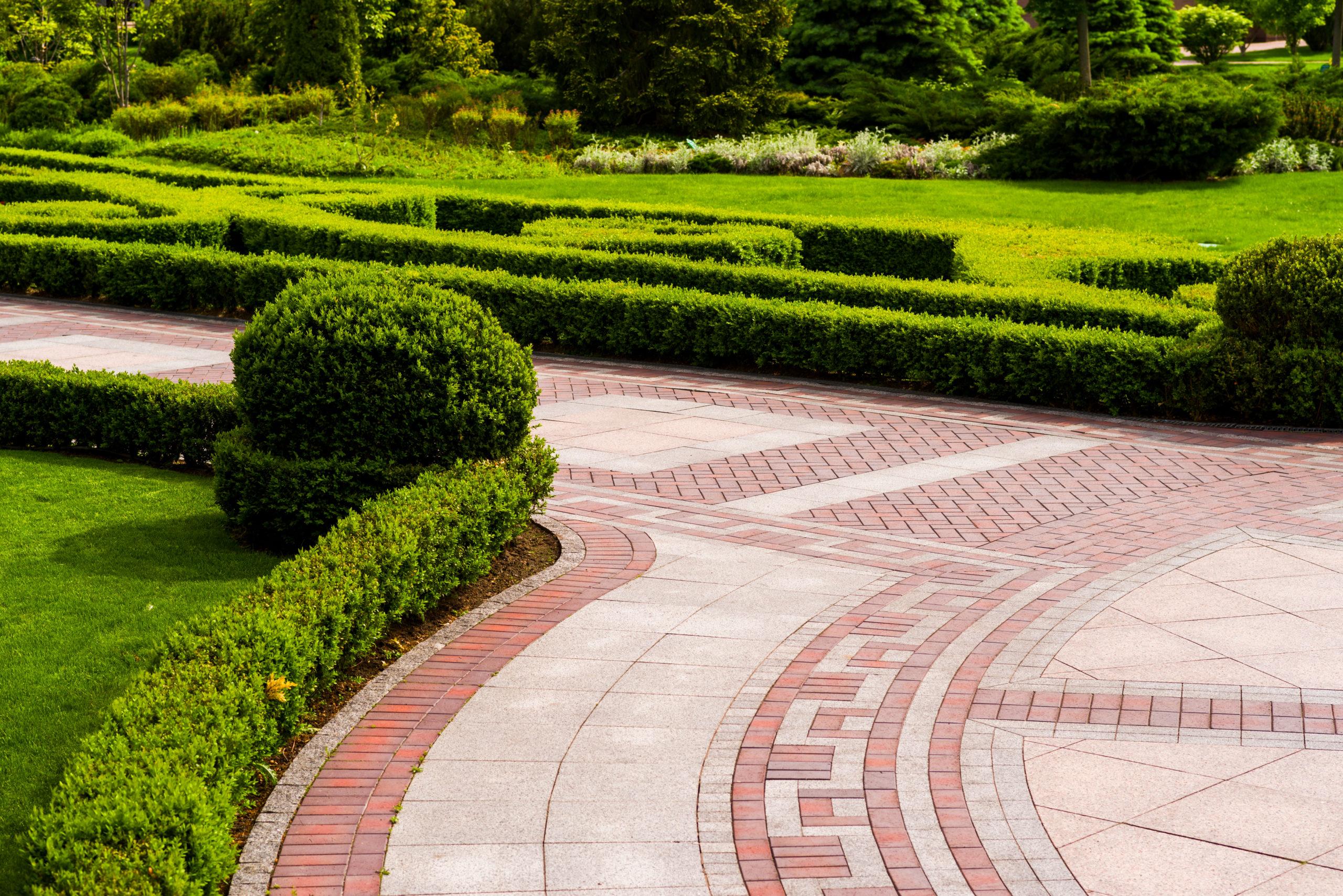 Ścieżki ogrodowe z kostki brukowej